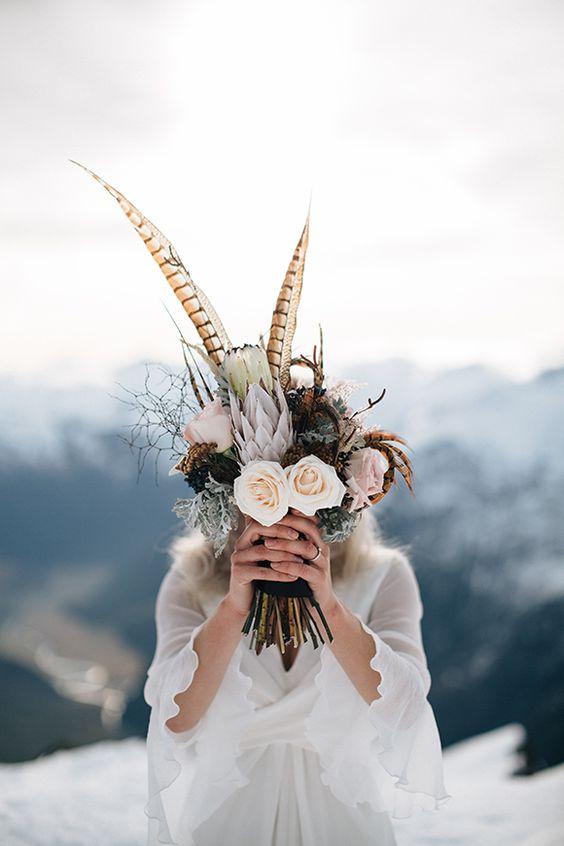 Image : Feather Bouquet - magnoliarouge.com