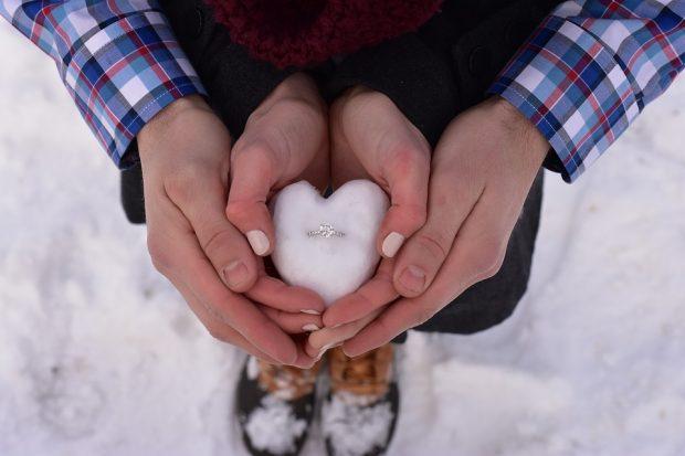love-2086907_960_720