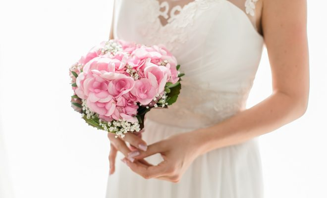 8 Tips For Choosing Buying Your Wedding Flowers