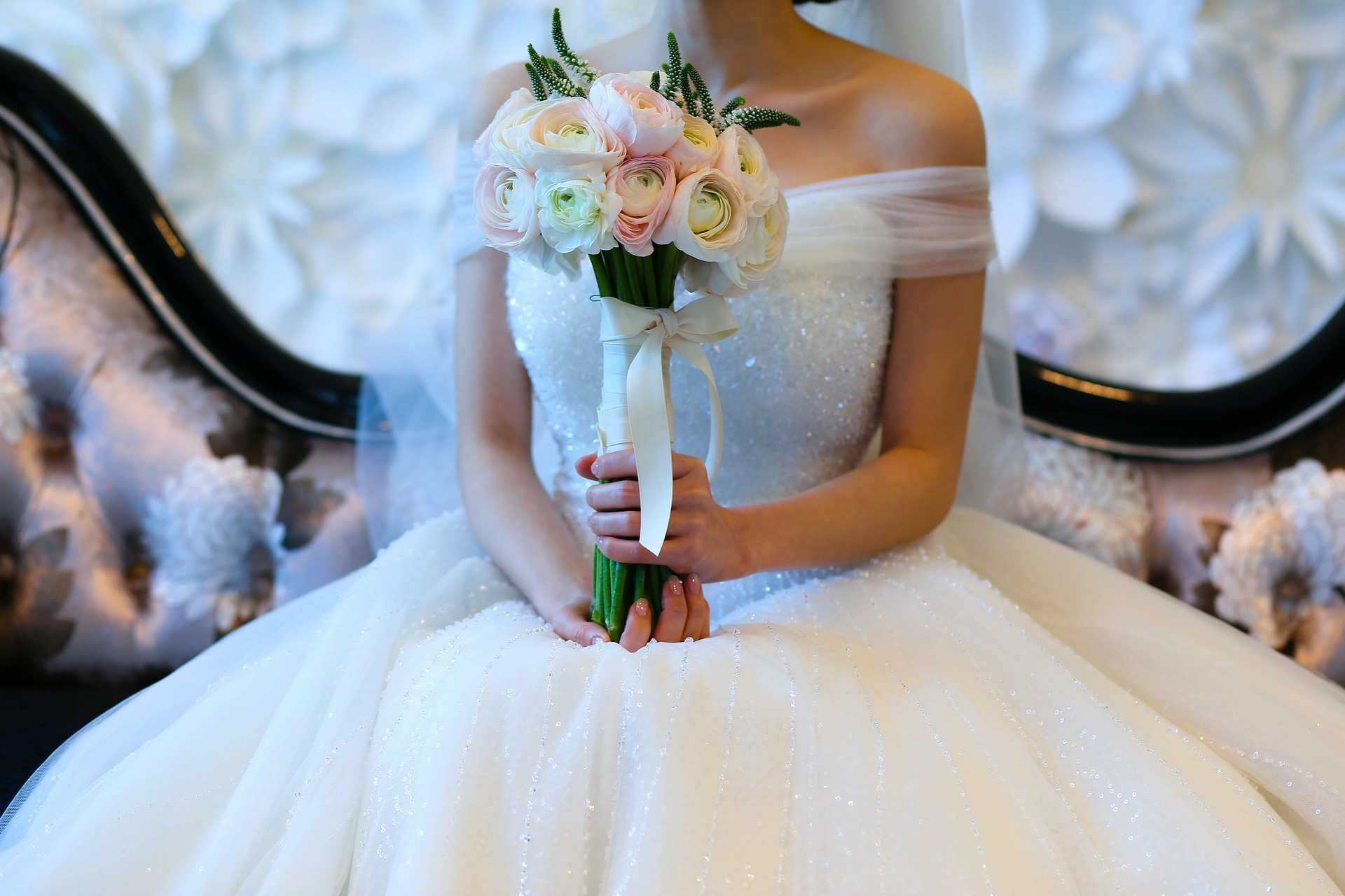 12 Questions You Need To Ask If You Re Getting Your Wedding Dress