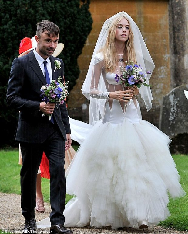 Ugliest Celeb Wedding Dress: 5 Celebrity Wedding Dress Disasters